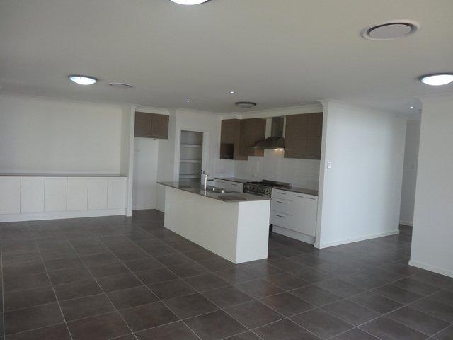 Graceville splitter 2 new homes scm projects - Graceville container house study case brisbane australia ...
